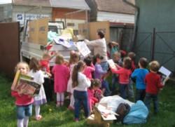 Activitate ecologica de colectare selectiva a deseurilor de hartie/carton: Salvam un copac impreuna!