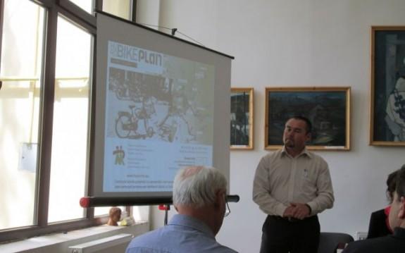 România ?i Ungaria vor fi legate printr-o pist? turistic? de biciclete