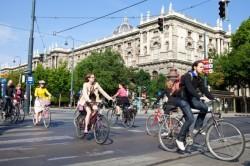 Cea mai mare conferinta dedicata ciclismului urban, Velo City 2013, s-a deschis la Viena