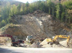 Dezastru ecologic prin realizarea unei cariere de piatr? la Gureni