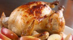 Carnea de pui, mai grasa din cauza hormonilor de crestere