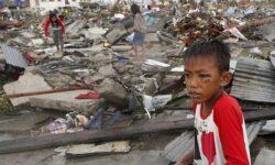 10.000 de morti si patru milioane de oameni sunt amenintati de foamete si de boli in Filipine, dupa taifunul Haiyan