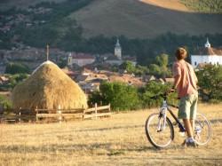 Traseul de biciclete care leaga Sibiul de Rasinari, ce poarta numele lui Emil Cioran, inaugurat sambata