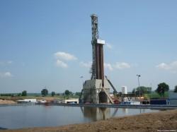 SUA: Apa din 4 state contaminata din cauza exploatarii gazelor de sist
