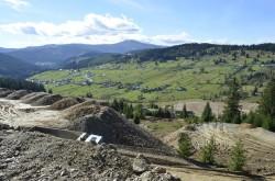 Partidul Verde atrage atentia asupra constructiei unei gropi de gunoi pe un varf de munte in judetul Suceava