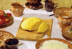 Mamaliga, alimentul complet: regleaza glocoza si colesterolul, produce energie, dar nu ingrasa