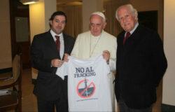 Papa a intrat in lupta impotriva gazelor de sist