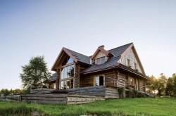 Fermă sută la sută eco din lume ridicată în Munții Carpați