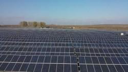 Doua noi parcuri fotovoltaice vor aparea in judetul Valcea, in comuna Slatioara