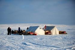 Canada isi va revendica suveranitatea asupra Polului Nord la ONU