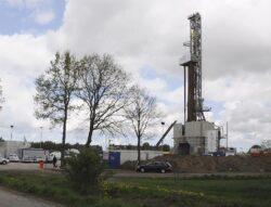 Polonia vrea sa adopte o lege pentru explorarea si extractia gazelor de sist