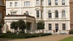 Ministrul Rovana Plumb, invitata de Printul Charles la resedinta Clarence House