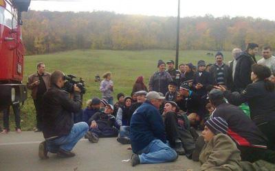 Chevron suspenda din nou operatiunile in comuna Pungesti
