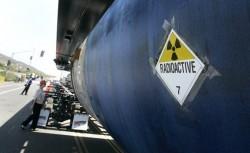 Tren cu deseuri radioactive deraiat intr-o suburbie a Parisului
