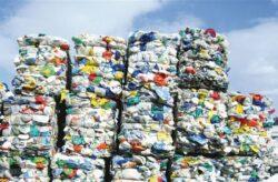 """Brasovul a colectat 61 de tone de deseuri pentru """"batalia reciclarii"""""""