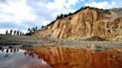 Legea minelor, care da unda verde proiectului de la Rosia Montana, votata azi. Proteste in tara