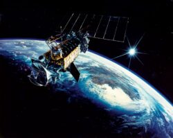 Rusia lanseaza prima nava spatiala militara. Incepe cursa inarmarilor in Cosmos?