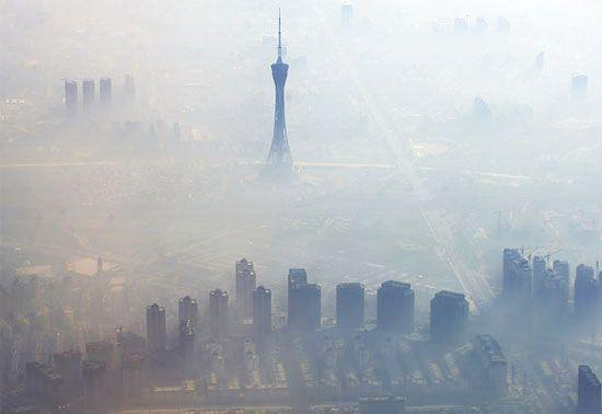 China declara razboi poluarii: Natura ne-a trimis un semnal urgent