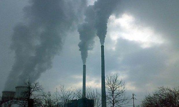 Schimbarile climatice si poluarea aerului vor conduce la foamete