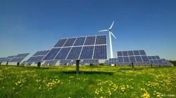 """Ponta: """"Multumesc Parlamentului ca a reaprobat legea pentru energia verde"""""""