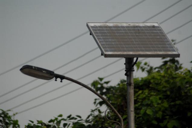 Premier? pentru Media?: Alimentarea semafoarelor din ora? cu panouri fotovoltaice