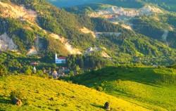 Ministrul culturii: Nu voi fi de acord ca patrimoniul cultural de la Rosia Montana sa aiba de suferit din cauza exploatarii aurului