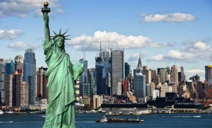 Prima banca verde a New York-ului, capitalizata cu un miliard de dolari