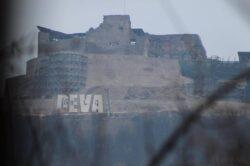 "Cetatea Devei a fost ""asaltata"" de activisti de mediu"