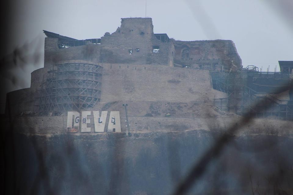 """Cetatea Devei a fost """"asaltat?"""" de activi?ti de mediu"""