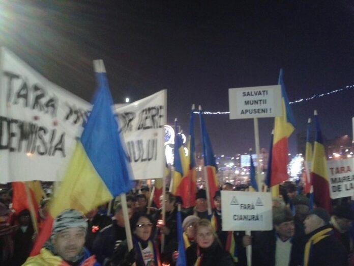 Proteste in Bucuresti impotriva proiectului Rosia Montana, explorarii gazelor de sist si noului Cod penal