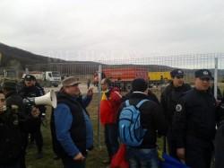 Vaslui: Peste 250 de persoane au participat la un protest faţă de gazele de şist la Păltiniş
