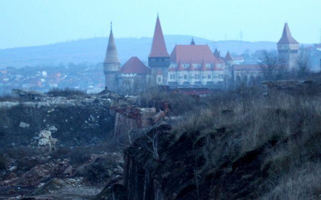 Cum arat? cel mai poluat loc din Hunedoara. Proiectul de ecologizare a ruinelor combinatului întârzie