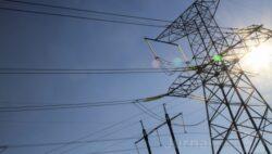 Autoritatile moldovene declara razboi consumului excesiv de energie electrica