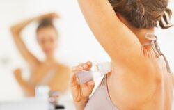 Fa-ti propriul deodorant natural cu doar 3 ingrediente