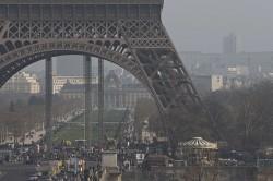 Poluare crancena la Paris. Circulatia masinilor a fost restrictionata dupa criteriul cu sot – fara sot