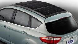 Compania Ford a prezentat o masina noua cu panouri solare
