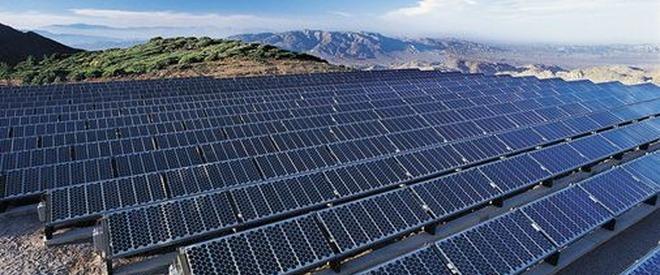 Cât de afectată va fi reţeaua fotovoltaică de eclipsa solară de vineri