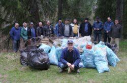 Actiune de ecologizare in Valea Zanelor