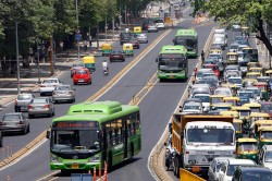 Transportul va deveni cea mai mare sursa de emisii de CO2 daca politicienii nu iau masuri
