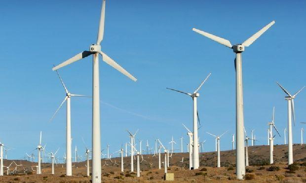 Guvernul va subventiona in 2015 mai multa energie verde, dar spune ca pretul nu va creste