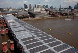 Cel mai mare pod solar se afla in Londra