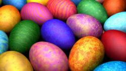 Masa de Paste: 5 trucuri pentru a vopsi ouale natural si sanatos