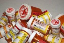Studiu. 1 din 2 pacienti nu respecta tratamentul cu antibiotice