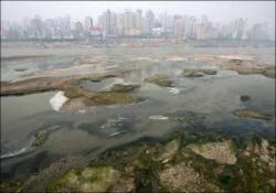 Cel putin 60% dintre apele subterane ale Chinei, prea poluate pentru a fi consumate