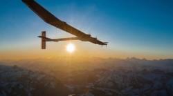 Avion propulsat cu energie solara, pregatit sa inconjoare Pamantul
