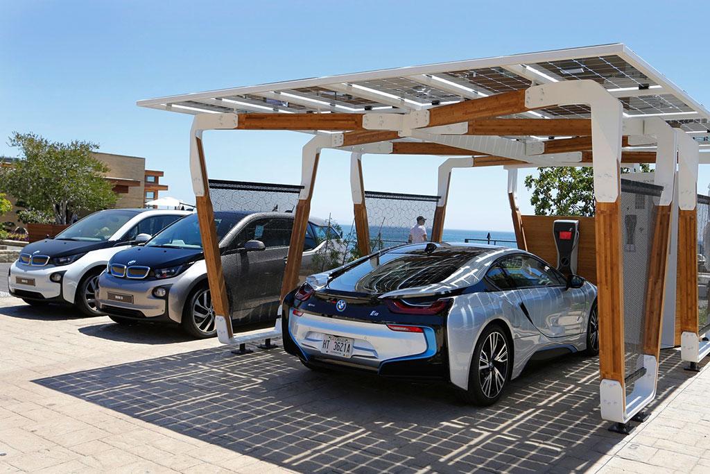 BMW, singurul produc?tor auto care a reu?it s?-?i reduc? emisiile de CO2 cu 37%