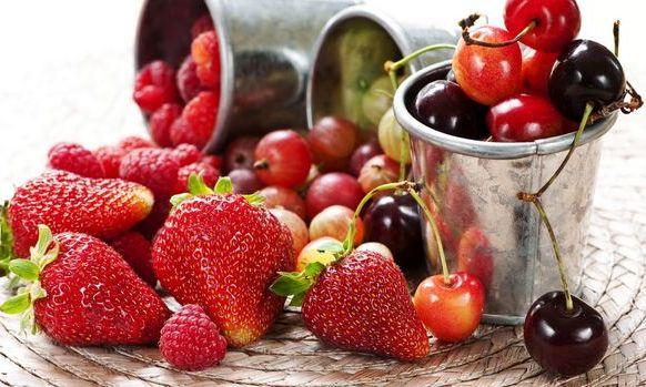 Ghidul fructelor si legumelor de vara care cresc imunitatea organismului
