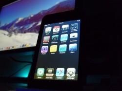 Apple a brevetat un ecran tactil care include celule fotovoltaice pentru alimentare