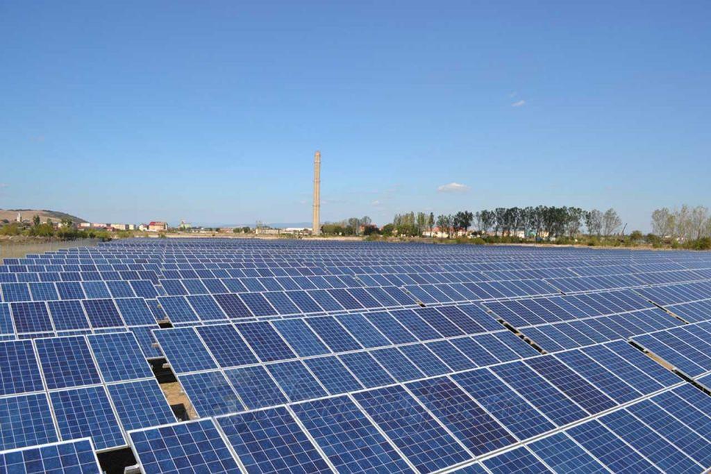 Constantin (MADR): Pe terenurile arabile nu va mai fi permisă amplasarea de panouri fotovoltaice