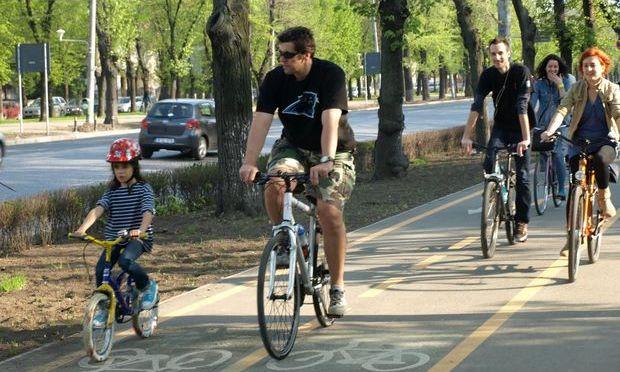 Consilierii liberali vor piste pentru biciclişti în Târgu-Jiu